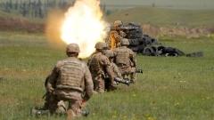 """НАТО и Русия """"се сблъскват"""" на паралелни военни учения на Балканите"""