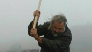 Македонски вандали поругаха паметника на Каймакчалан