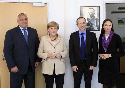 Готови сме да управляваме, увери Борисов Меркел