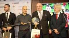 Николай Йорданов съдия №1 за 2018 година, получи меч Черен рицар от министър Кралев