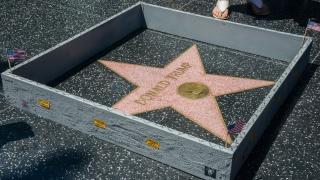 Доналд Тръмп е със звезда в Холивуд