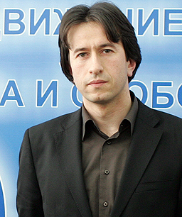 """""""Южен поток"""" бил причината Бисеров да напусне ДПС и парламента"""