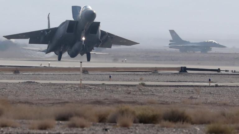Руската армия обвини Израел в петък, че използва цивилен самолет,