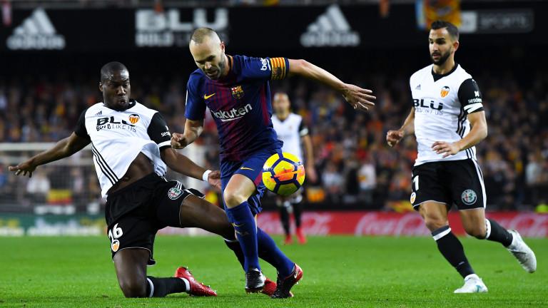 Валенсия и Барса не излъчиха победител в голямото дерби, поредна съдийска гавра е акцентът на вечерта в Испания (ВИДЕО)