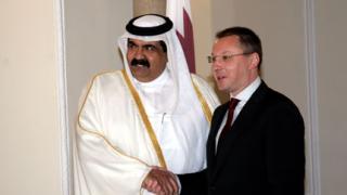 Станишев благодарен на емира на Катар за сестрите