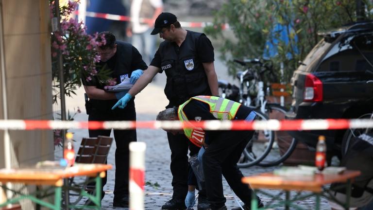 Разпространиха снимка на атентатора от Ансбах