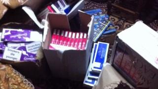 Митничари откриха контрабандни цигари в магазин