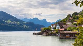 Това място в Швейцария е приказно красиво. И дори плащат, за да се заселиш