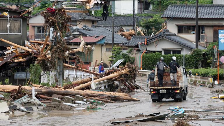 Броят на загиналите при наводненията в югозападната част на Япония