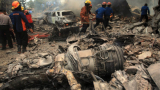 Жертвите на катастрофата с индонезийския самолет вече са 140