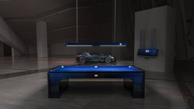 Какво й е специалното на билярдната маса на Bugatti