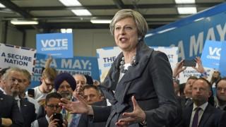 Консерваторите няма да успеят да спечелят мнозинство на вота утре, сочи проучване