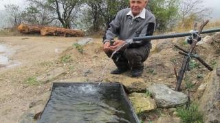 Ловец на вода направи 300 чешми