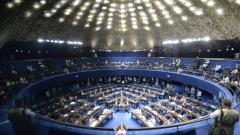 Сенатът на Бразилия гласува за продължаване на импийчмънта срещу Дилма Русеф
