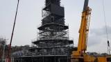 30-метрова кула се издигна в центъра на Пловдив