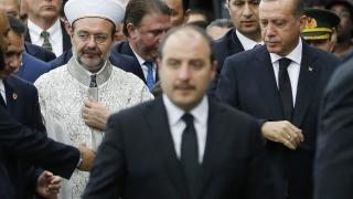 Обиден Ердоган прекъсна посещението си в САЩ за погребението на Мохамед Али