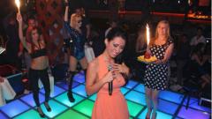 Джена празнува рожден ден в клуба на Коцето
