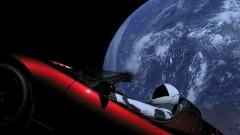 Защо Илън Мъск изпрати автомобил към Марс