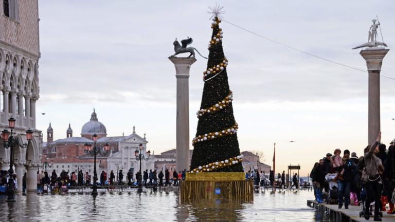 Венеция отложи въвеждането на туристическия данък