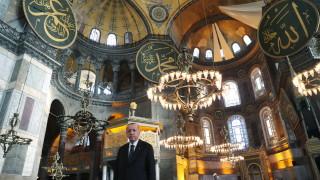 Ердоган: Борбата на Азербайджан с врага Армения не е приключила
