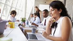 Жените са по-щедри от мъжете на работното място