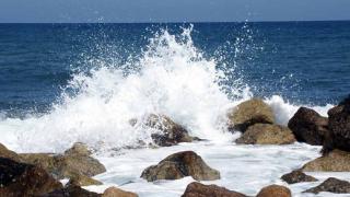 Продължа издирването на изчезналия в морето в Златни пясъци