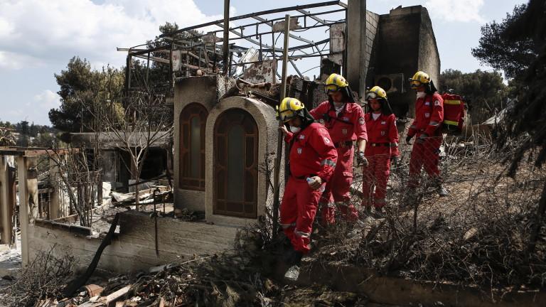 Оставки заради пожарите в Гърция