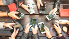Смартфони втора ръка: Android устройствата се обезценяват два пъти по-бързо от iPhone