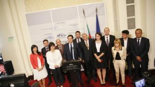 Левите депутати искат да разпитват Борисов на блицконтрол