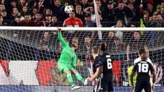 Фамозен Де Хеа остави интригата между Севиля и Юнайтед за реванша