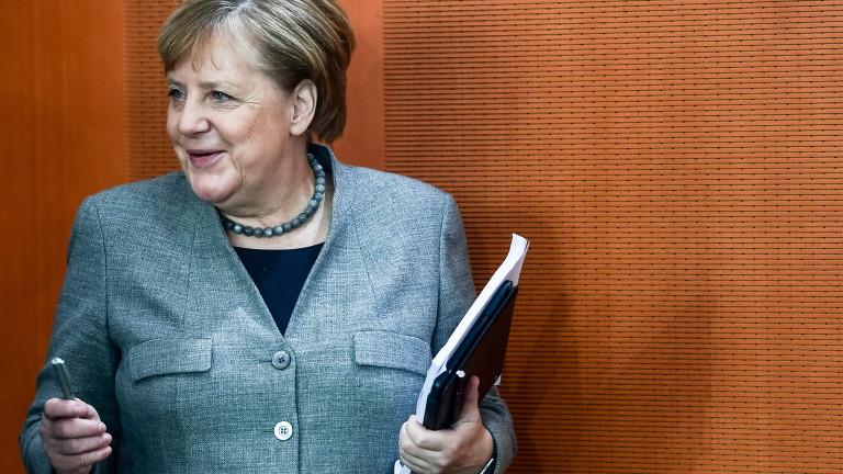 Германският канцлер Ангела Меркел заяви, че Европа трябва да засили