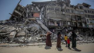 Примирието между Израел и Хамас се запазва, египетски посредници сноват между тях