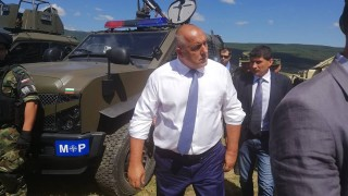 Военните проекти да са съвместими с НАТО, иска Борисов