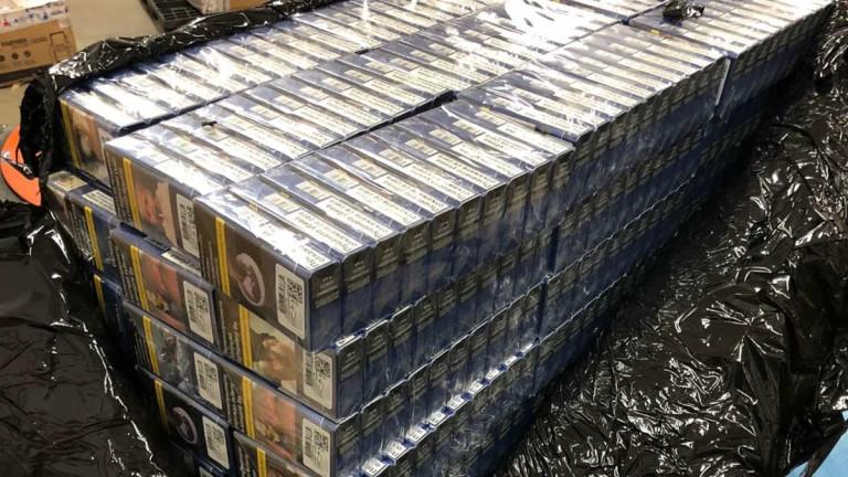 Задържаха над 80 000 къса цигари, опаковани за изпращане към