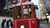 Дълги опашки за лотарийни билети в Истанбул, печалбата е над 17 млн. евро