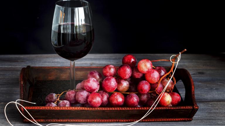 Световното производство на вино през тази година ще падне до