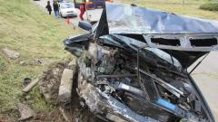 Пиян шофьор заби колата си в бетонна стена в Русе