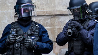 Френската полиция задържа петима за нападението в Страсбург