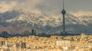 Иран се опитва да си върне $7 млрд., заключени в корейски банки