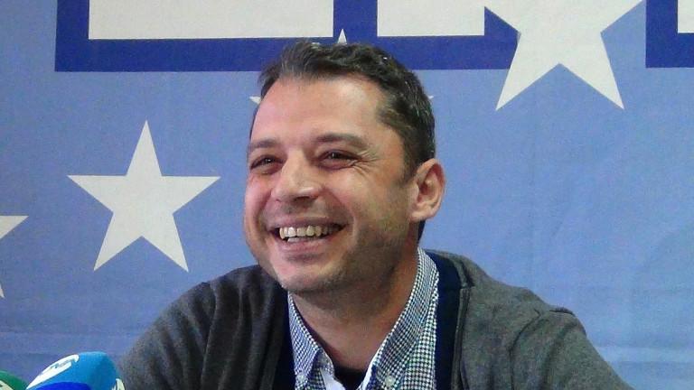 Делян Добрев се извини, че е издигнал Беливанов в Хасково