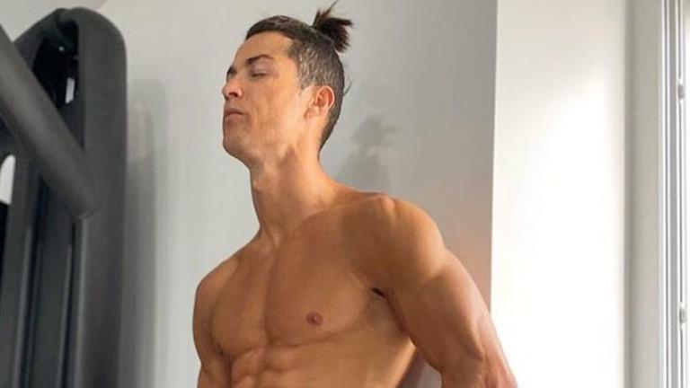 Кой подстригва Кристиано Роналдо у дома