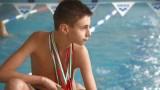 Дете с аутизъм печели медали в плуването