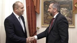 Президентът разговаря с проф. Теньо Попминчев за развитието на високи технологии у нас