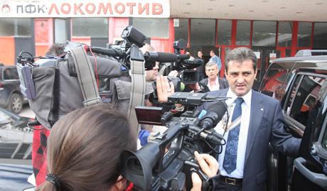 Тони Велков пое Локо (Сф)