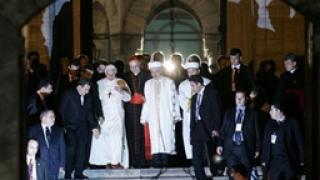 Бендедикт XVI влезе в Синята джамия в Истанбул