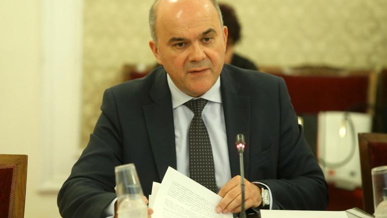 Няма да има проблем с интеграционните добавки, уверява Петков