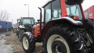 Гръцките фермери са опасно близо до българската граница