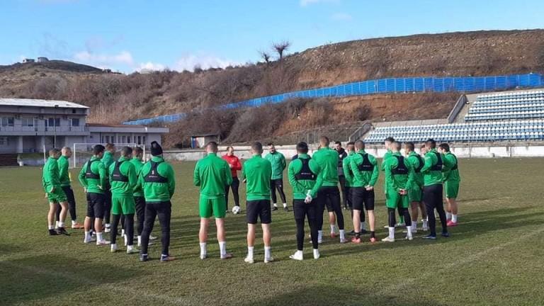 Футболистите на Пирин с първа тренировка в Микрево