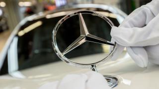 """Собственикът на Mercedes търси заем от €10 милиарда, за да се """"спаси"""" от COVID-19"""