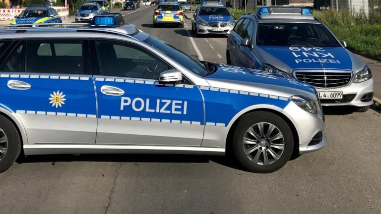 Камион за отпадъци прегази петима души в кола до Щутгарт